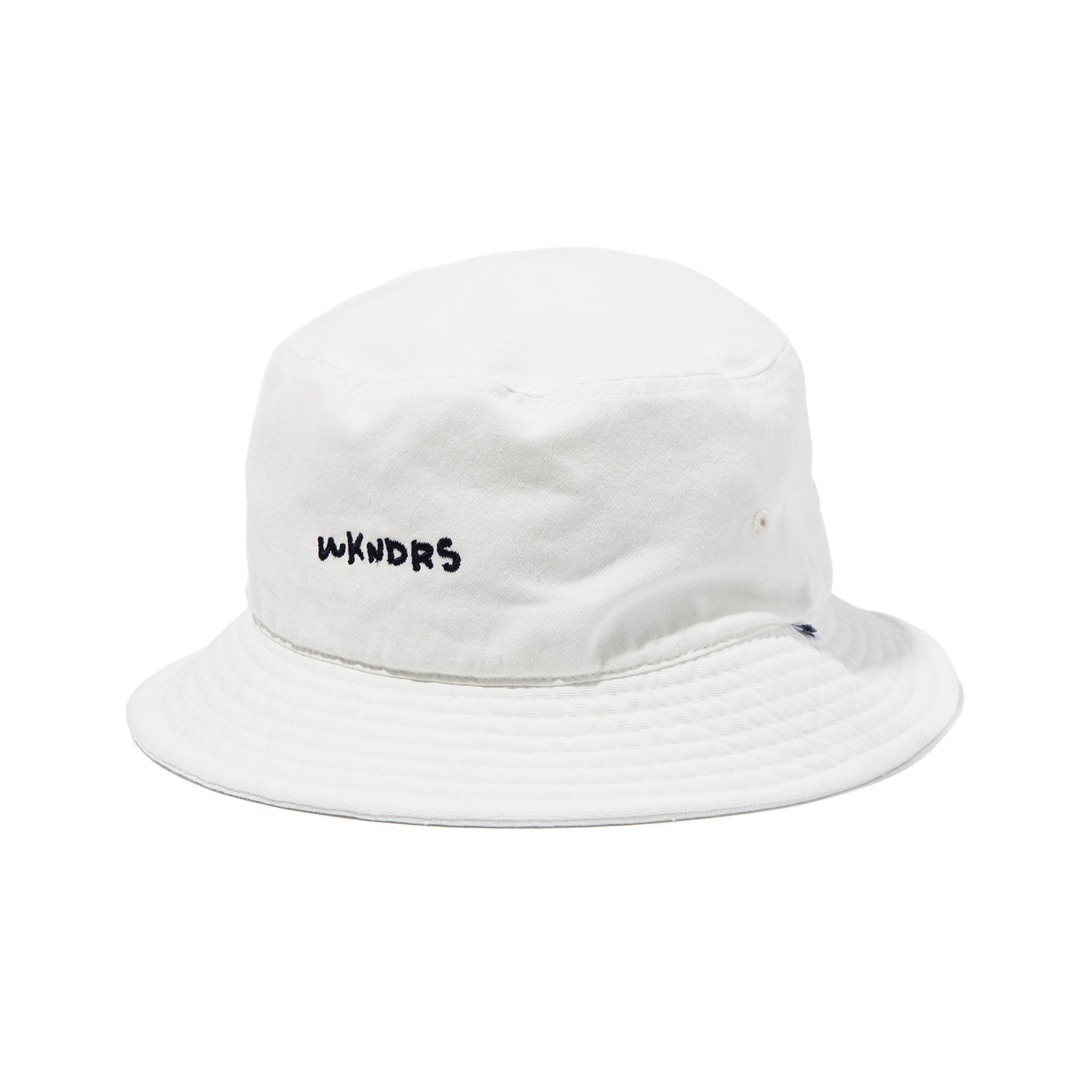 WKNDRS BUCKET HAT (WHITE)
