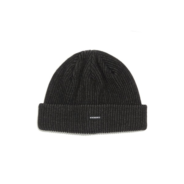 STRIPED BEANIE (BLACK)
